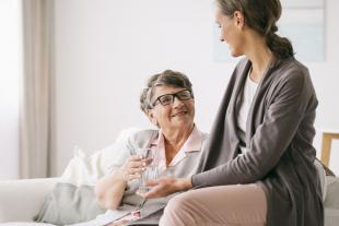 Cuidadors informals i dificultats a la llar